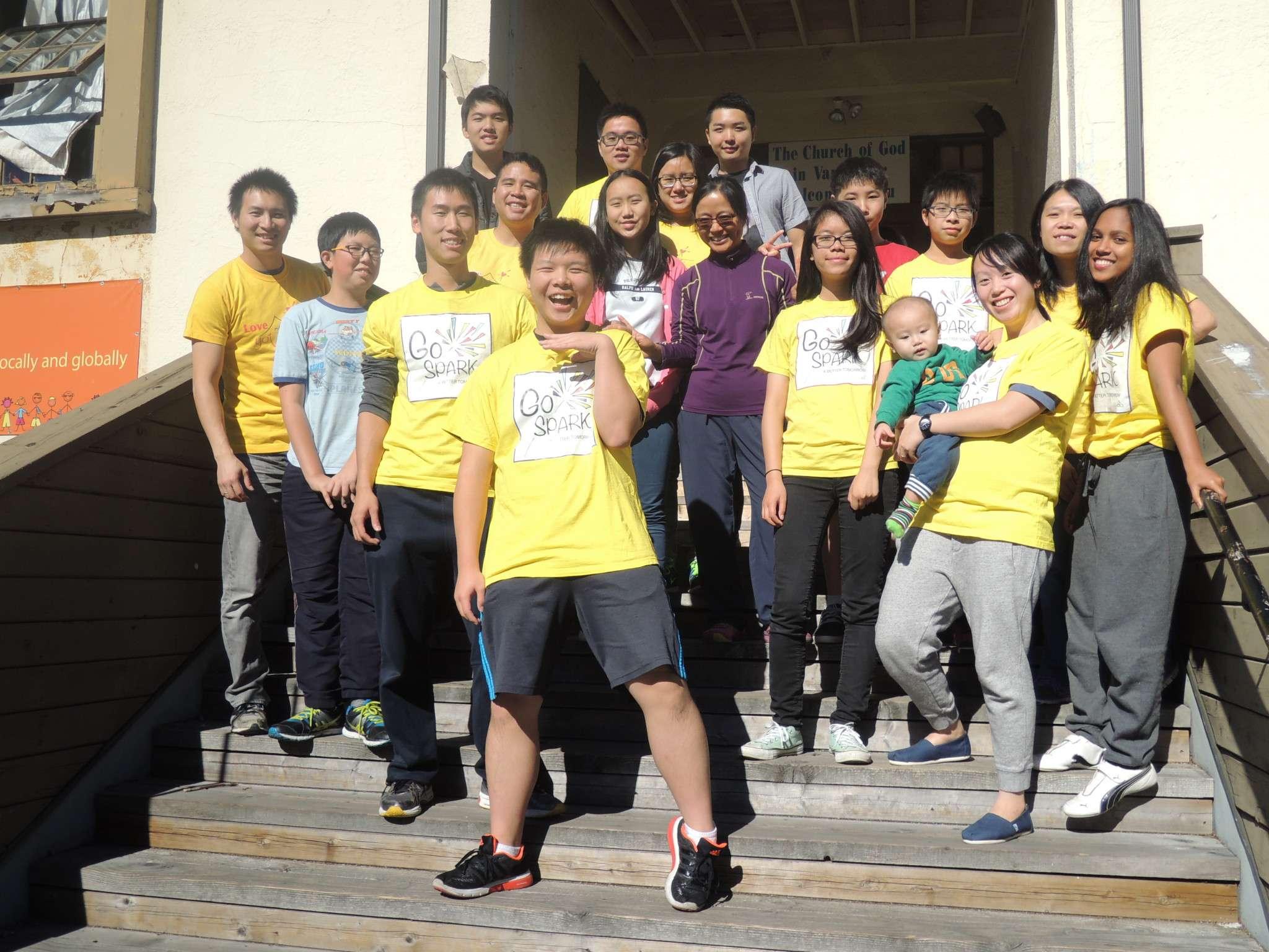 pre-teens-teens-group